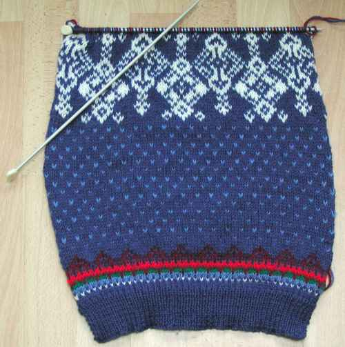 SANDNES NORWEGIAN SWEATER KNITTING PATTERN by TheHowlingHag